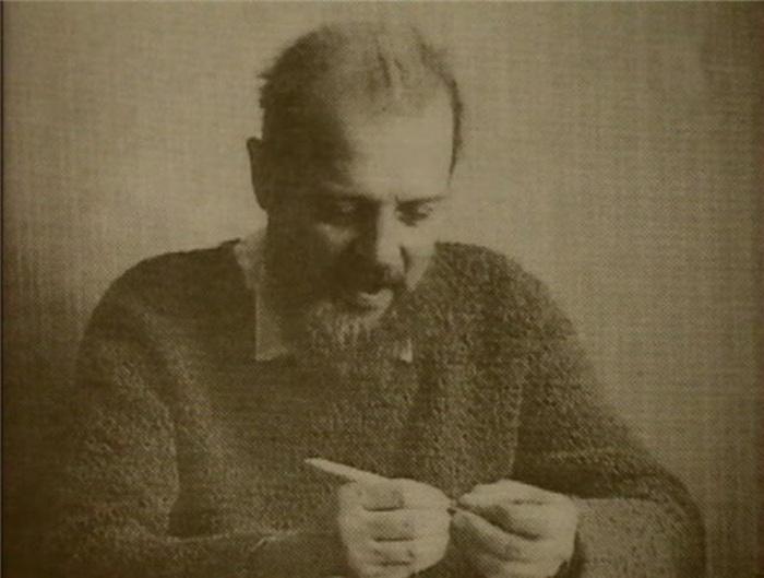 «Человек, который придумал правозащитное движение». Умер Александр Есенин-Вольпин
