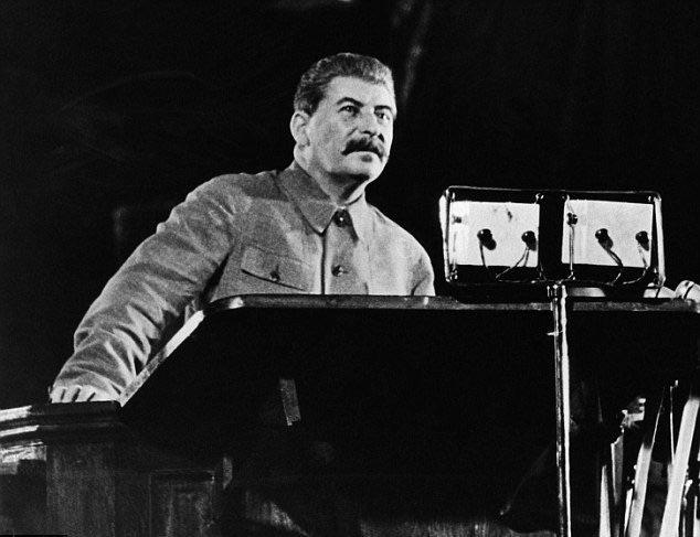 Общественный трибунал над Сталиным: за и против