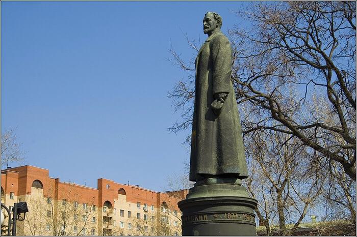 Соцопрос: большинство москвичей — за возвращение Железого Феликса
