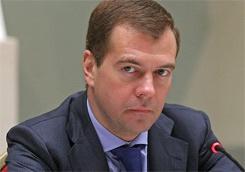 Медведев считает Сталина заслуживающим самой жесткой оценки «за войну со своим народом»