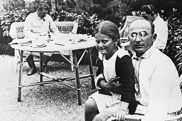 Почему XX съезд КПСС стал поворотной точкой в истории СССР
