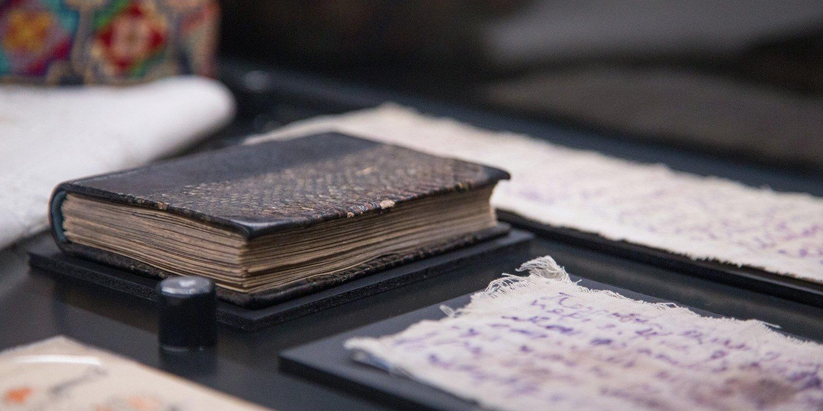 Метео-чертик и письма на ткани. Хранитель Музея истории ГУЛАГа – о главных экспонатах