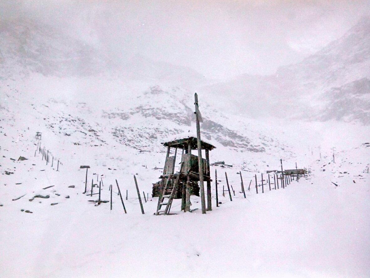 В кластере на горе Белой сделают мемориал в бараке времен ГУЛАГа